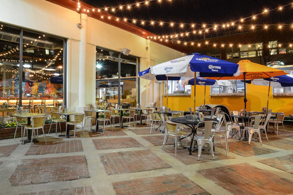 Naco-Taco-best-outdoor-dining-patio-deck-al-fresco