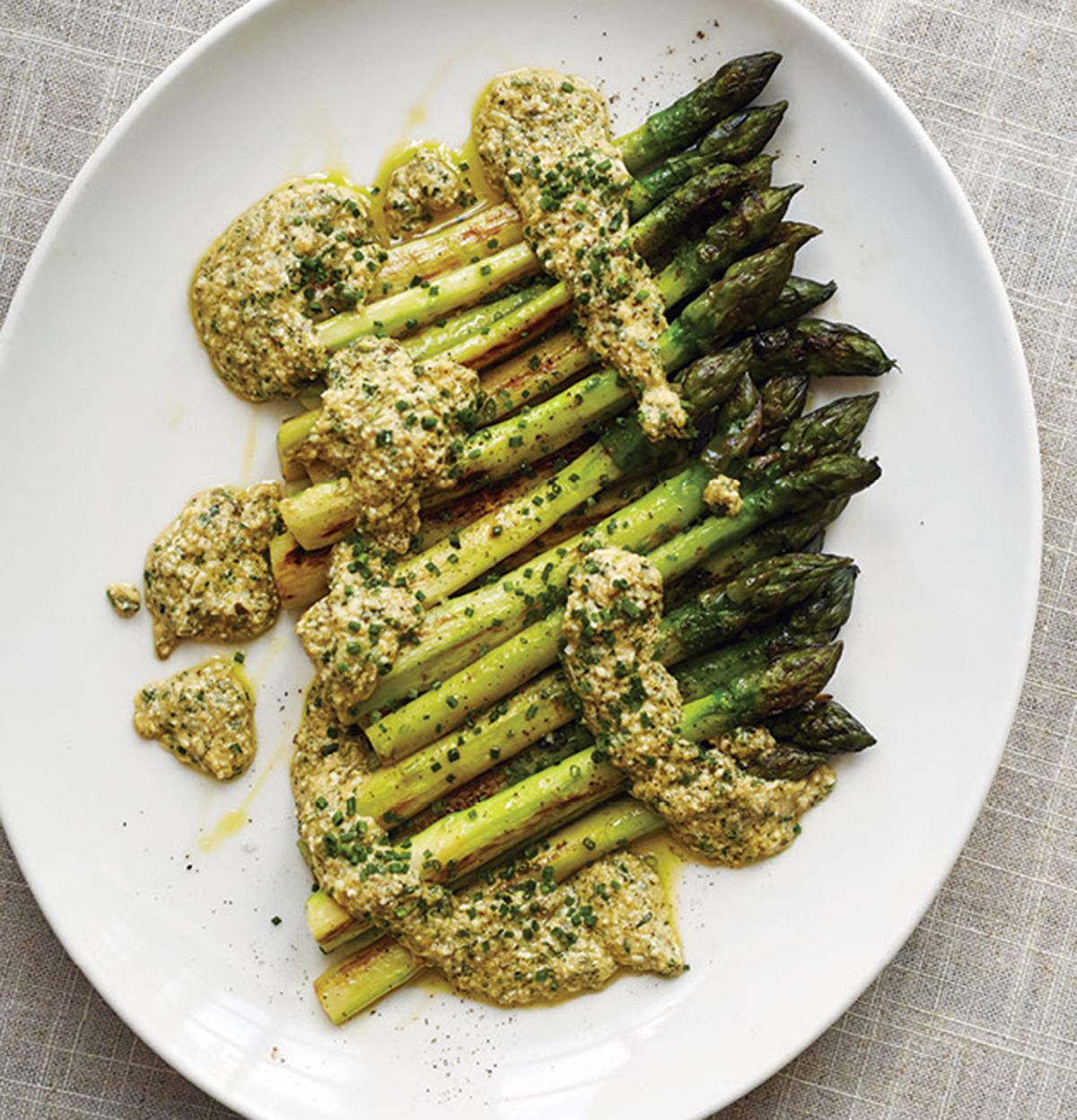 Recipe Asparagus with Sauce Gribiche