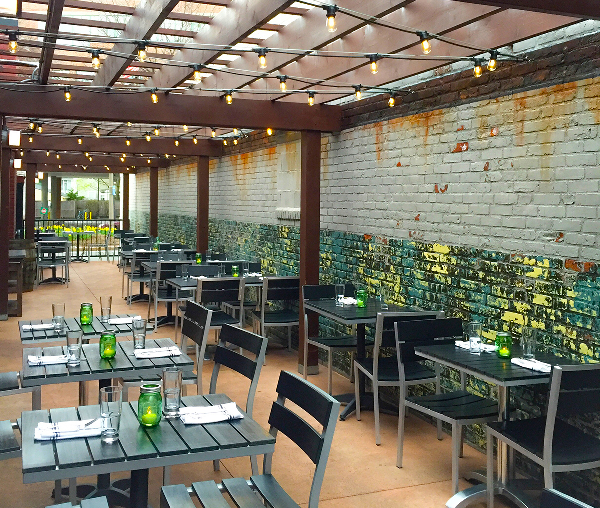 Emejing restaurant patio design ideas pictures interior for Best outdoor dining