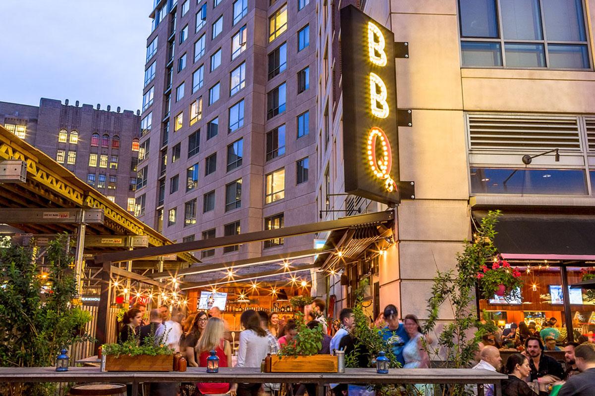 Sweet-Cheeks-best-outdoor-dining-patio-deck-al-fresco