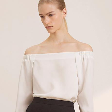 aritzia blouse sq