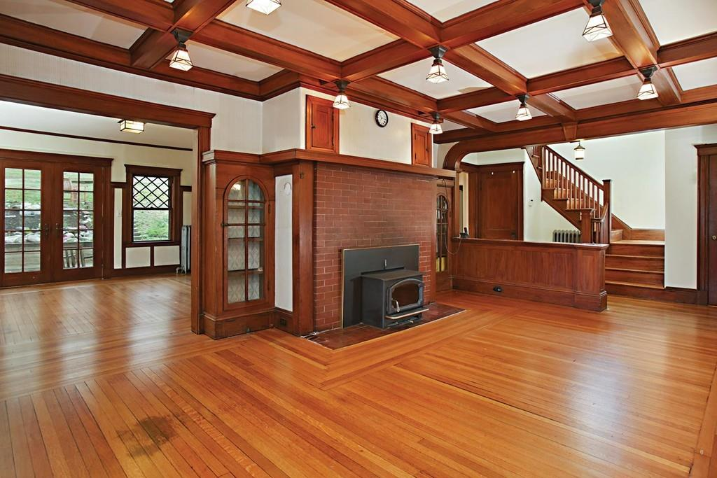 On The Market An Arts And Crafts Home In Newton