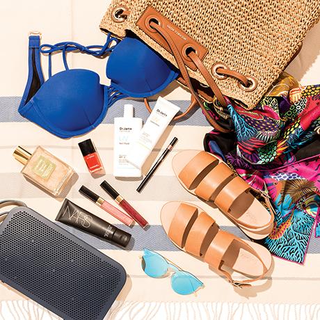 beach bag essentials sq