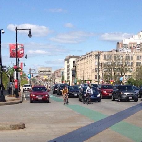 Commonwealth-Avenue sq