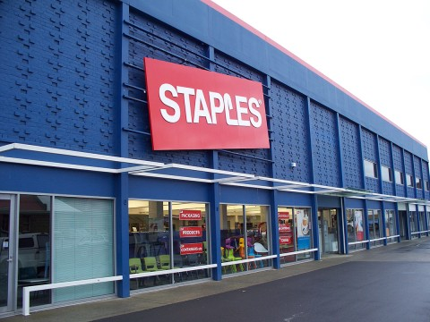 Staples storefront / Photo via Wikimedia Commons