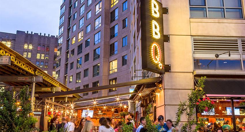 Sweet-Cheeks-outdoor-dining-patio-deck-al-fresco