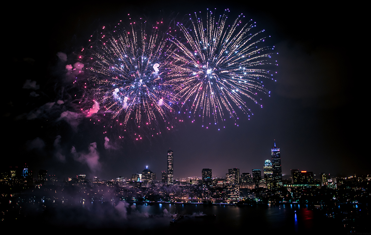 boston skyline fireworks; free things to do in boston july