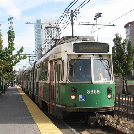 green-line sq