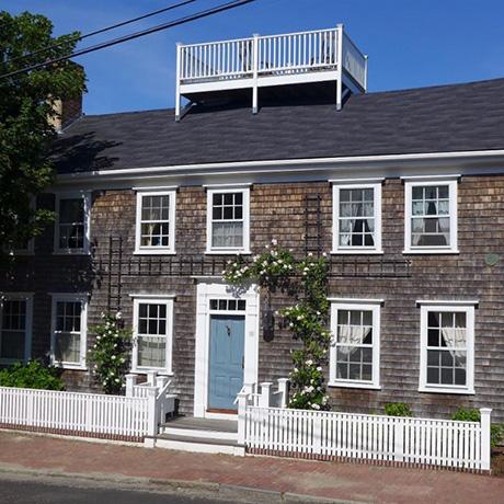 historic-nantucket-house-sq