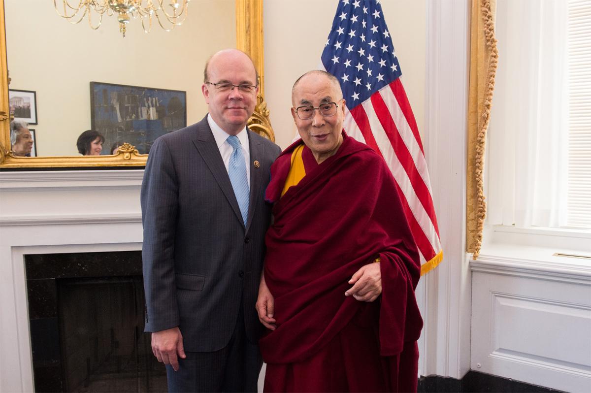 jim mcgovern with dalai lama