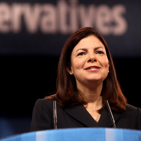 kelly-ayotte sq