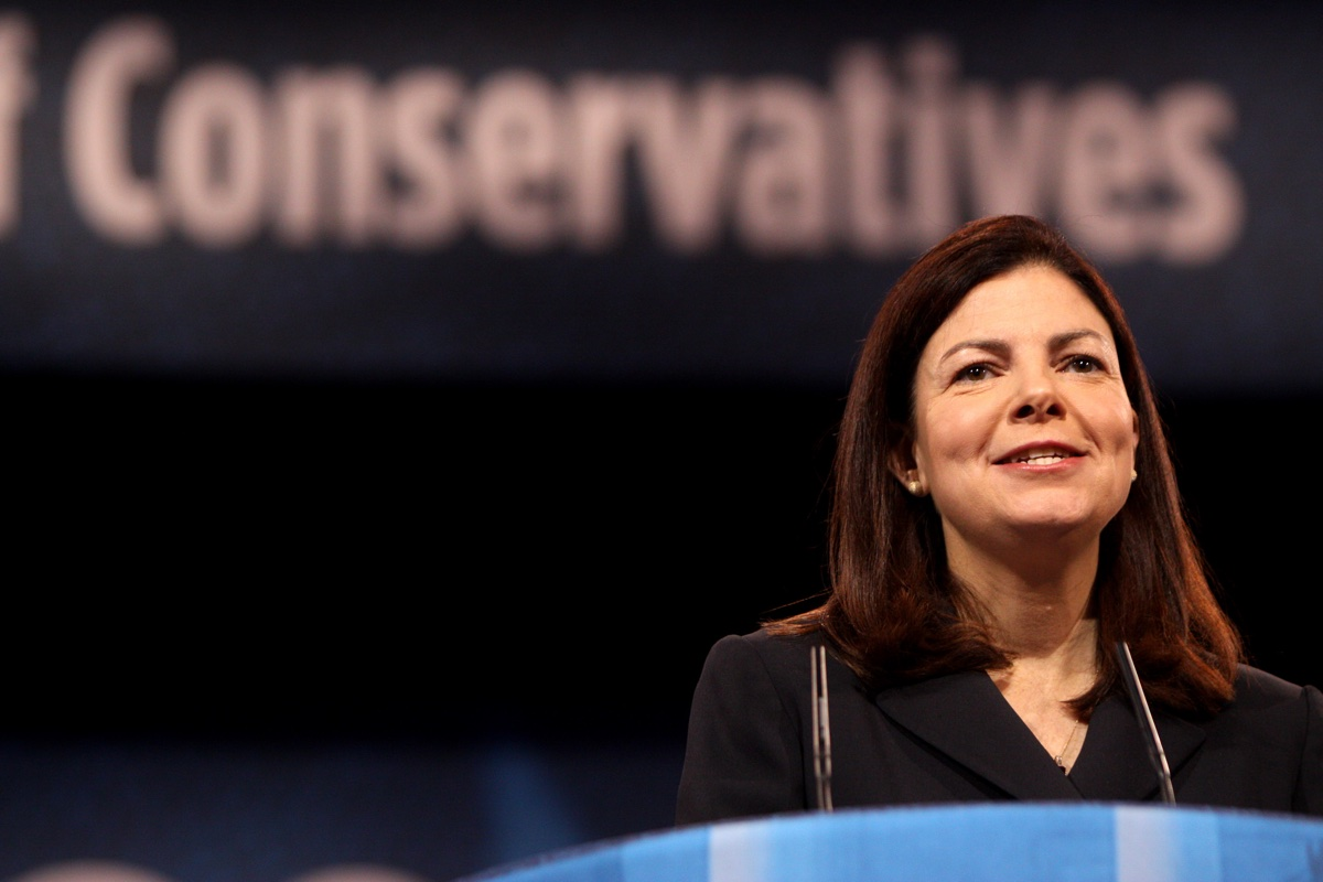 Kelly Ayotte Weak and Disloyal