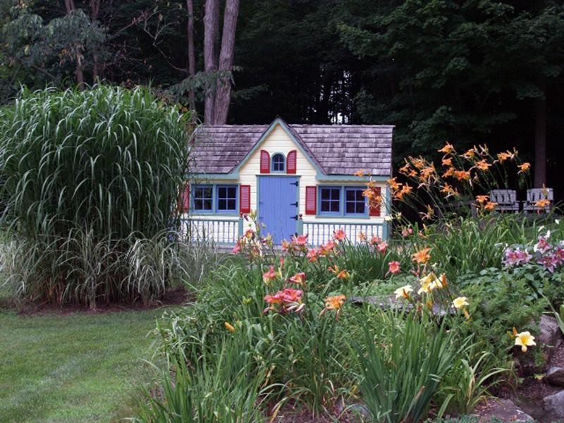 shelburne falls gingerbread house