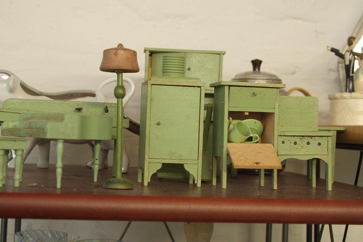 Lydia Shire auction