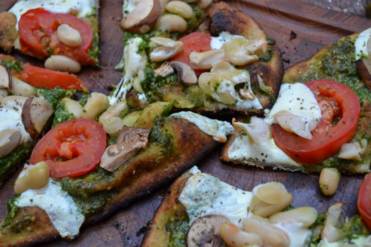 Recipe: Grilled Naan Pizza Recipe