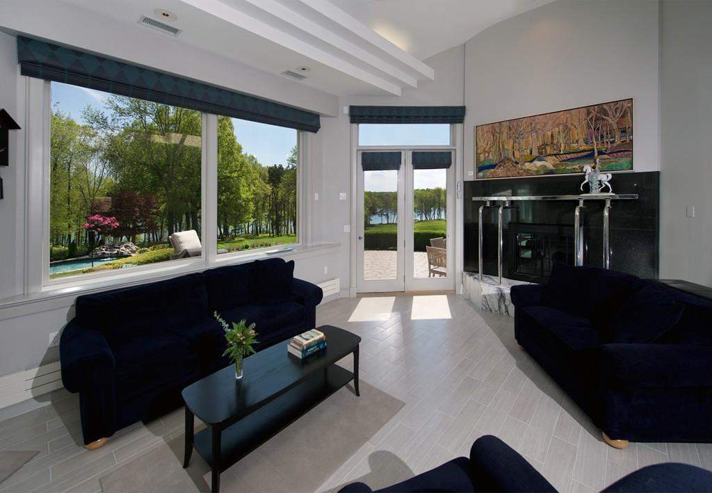 Stunning 30 Contemporary Castle Interior Inspiration