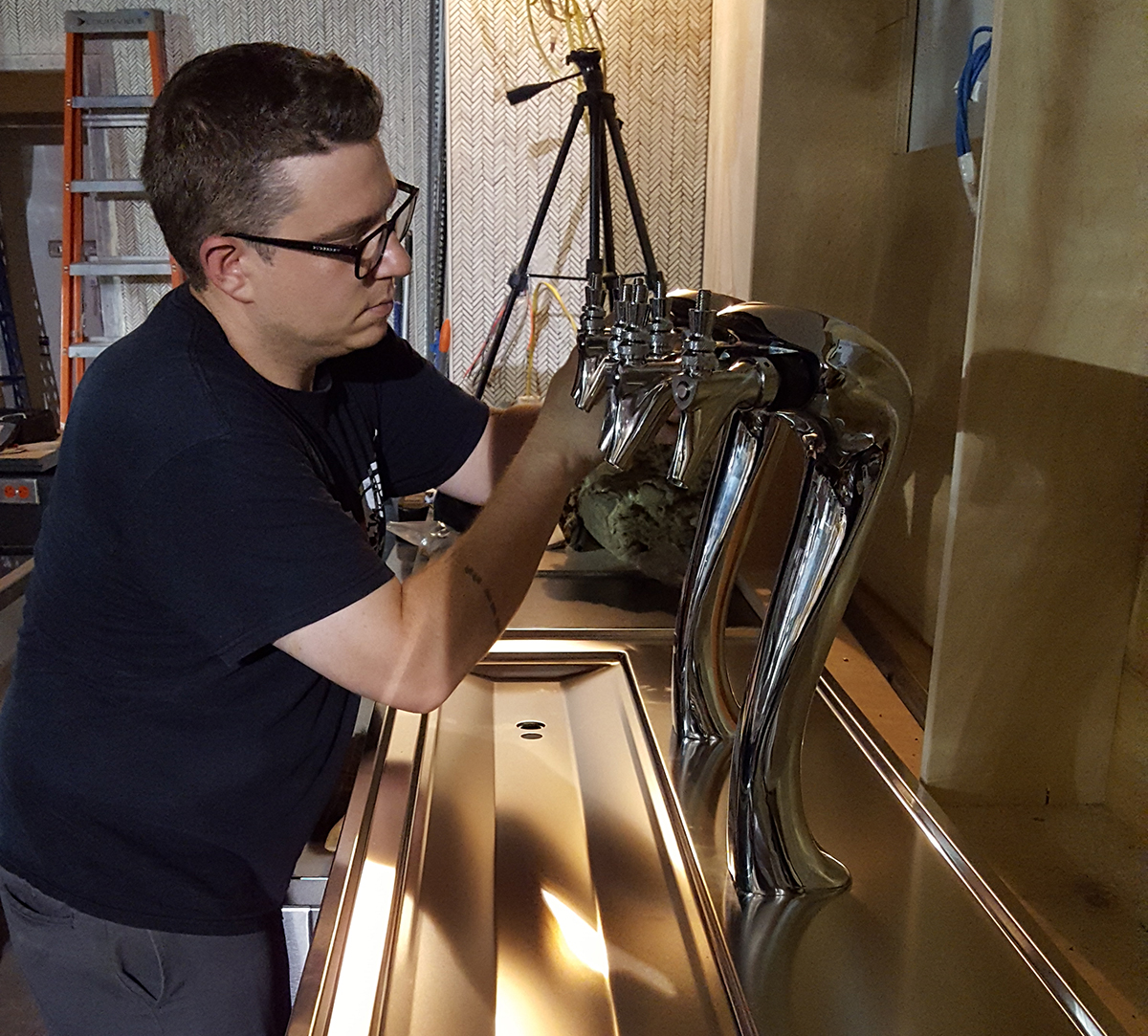 Modern Draught's Mattie Bailey installs a new system at Michael Scelfo's forthcoming Waypoint