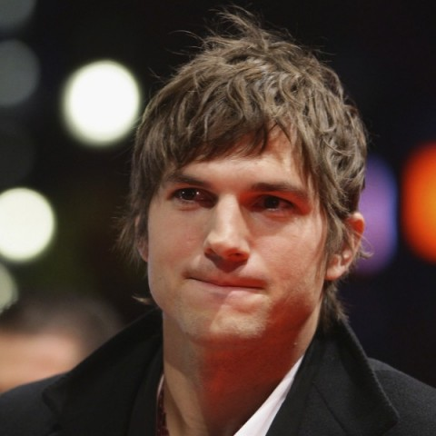 ashton_kutcher_sq