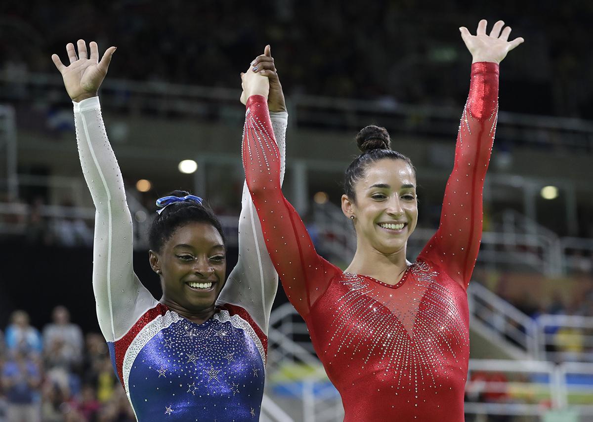 simone biles aly raisman 2016 olympics rio