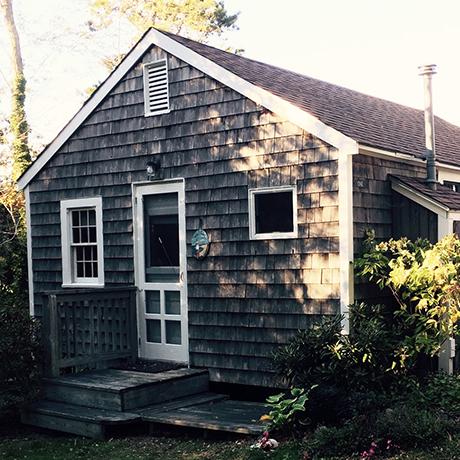 cape-cod-tiny-house-sq