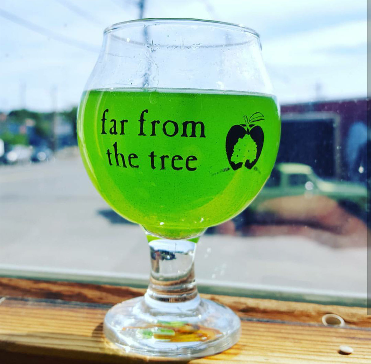 Ectoplasm by Far From the Tree Cider