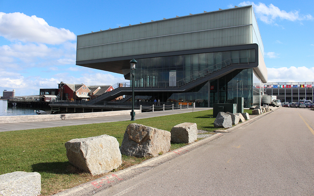 ica exterior side