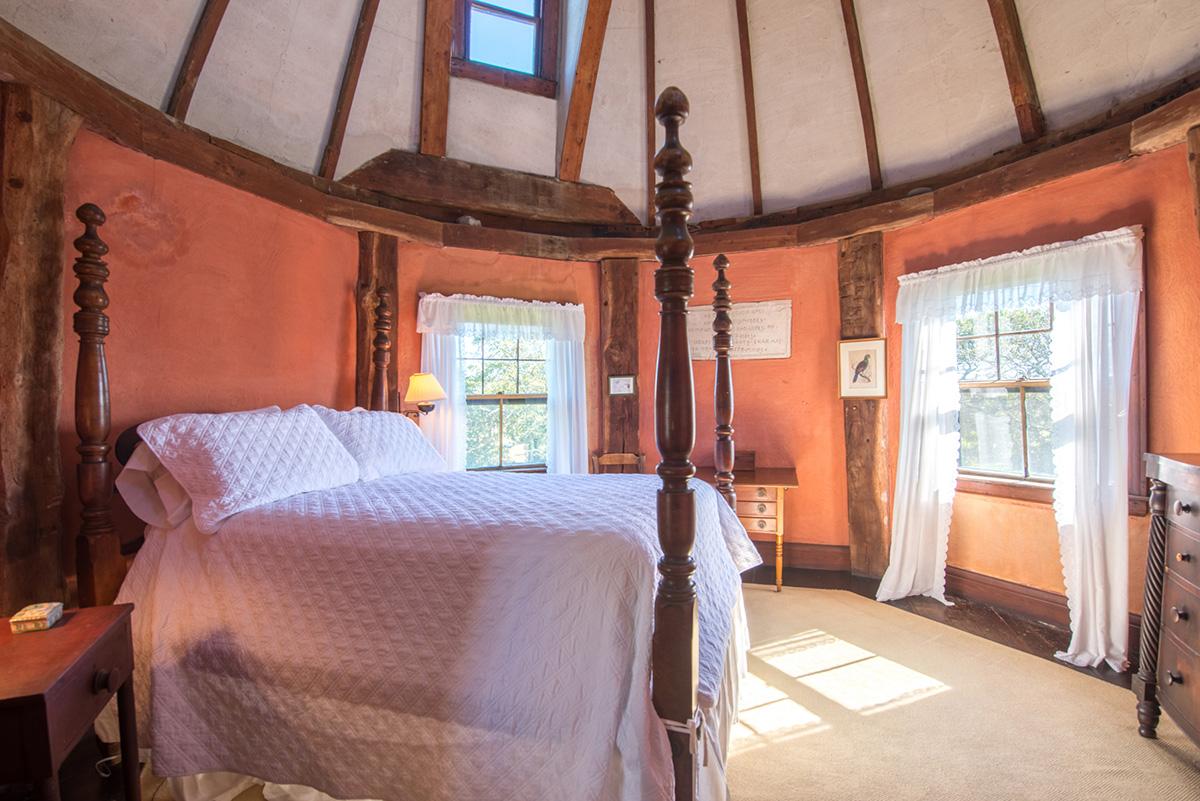main-tower-bedroom