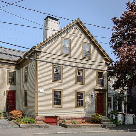 oldest-houses-north-shore-sq