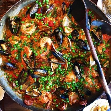 toro-seafood-paella