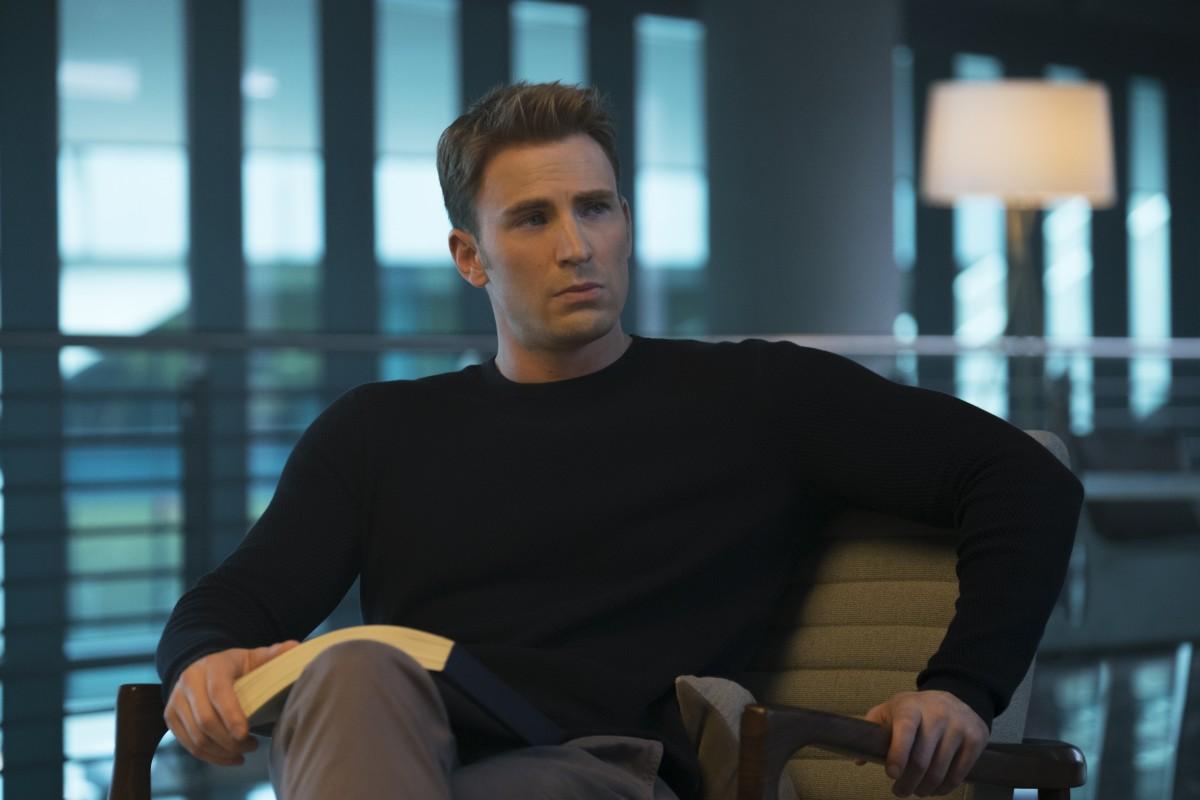 Chris Evans in 'Captain America: Civil War'