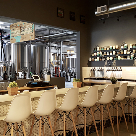 The taproom at Lamplighter Brewing Co.