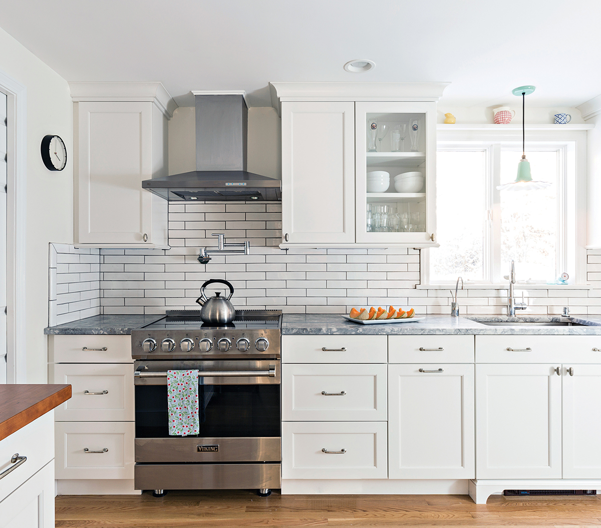 White Wood Kitchens Sandwich Ma