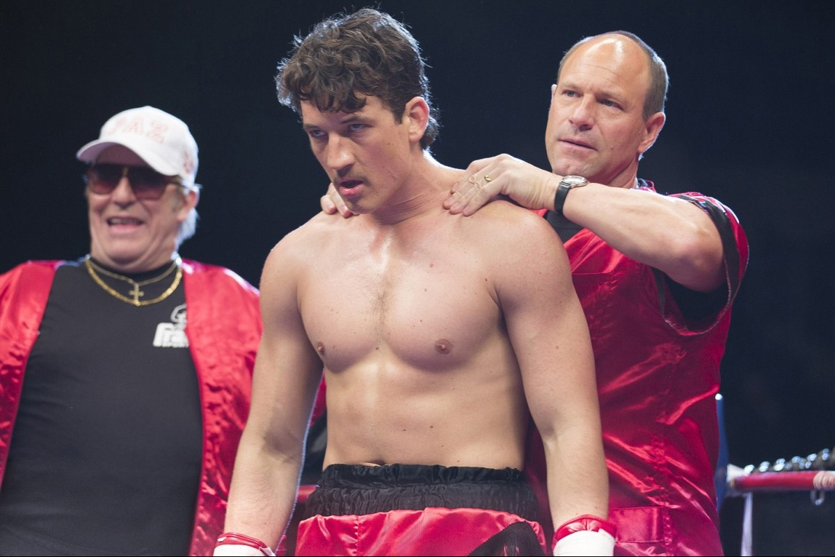 Ciaran Hinds, Miles Teller, and Aaron Eckhart in 'Bleed for This'