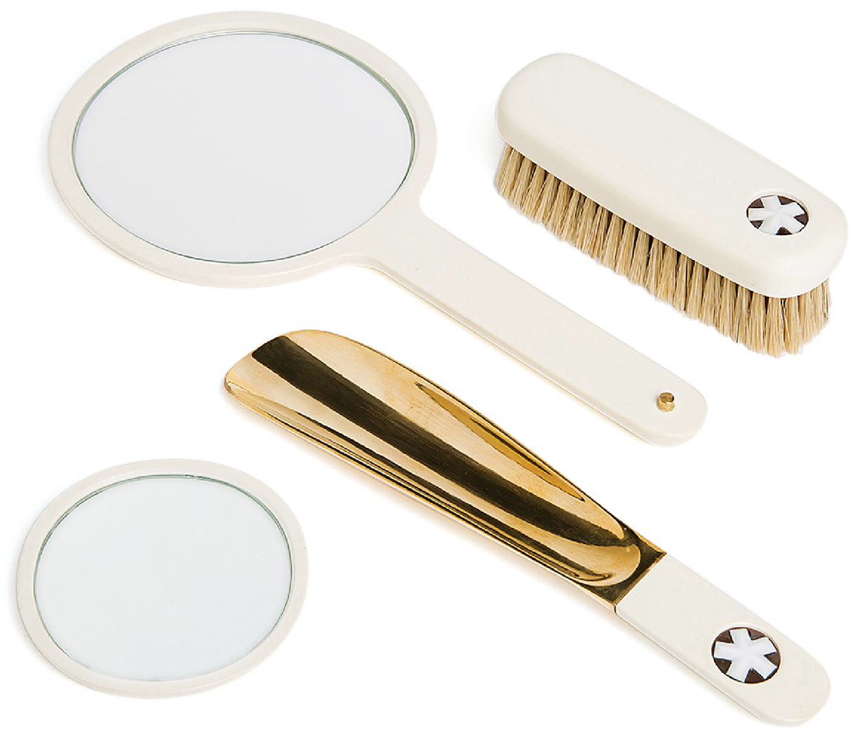 guest room accessories set