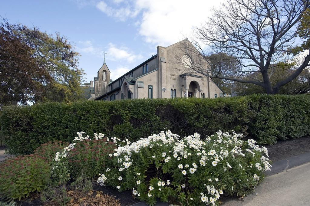 hull church house