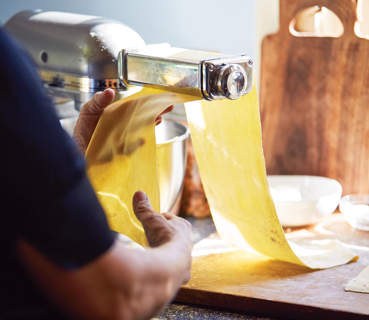 barbara lynch making lasagnette pasta