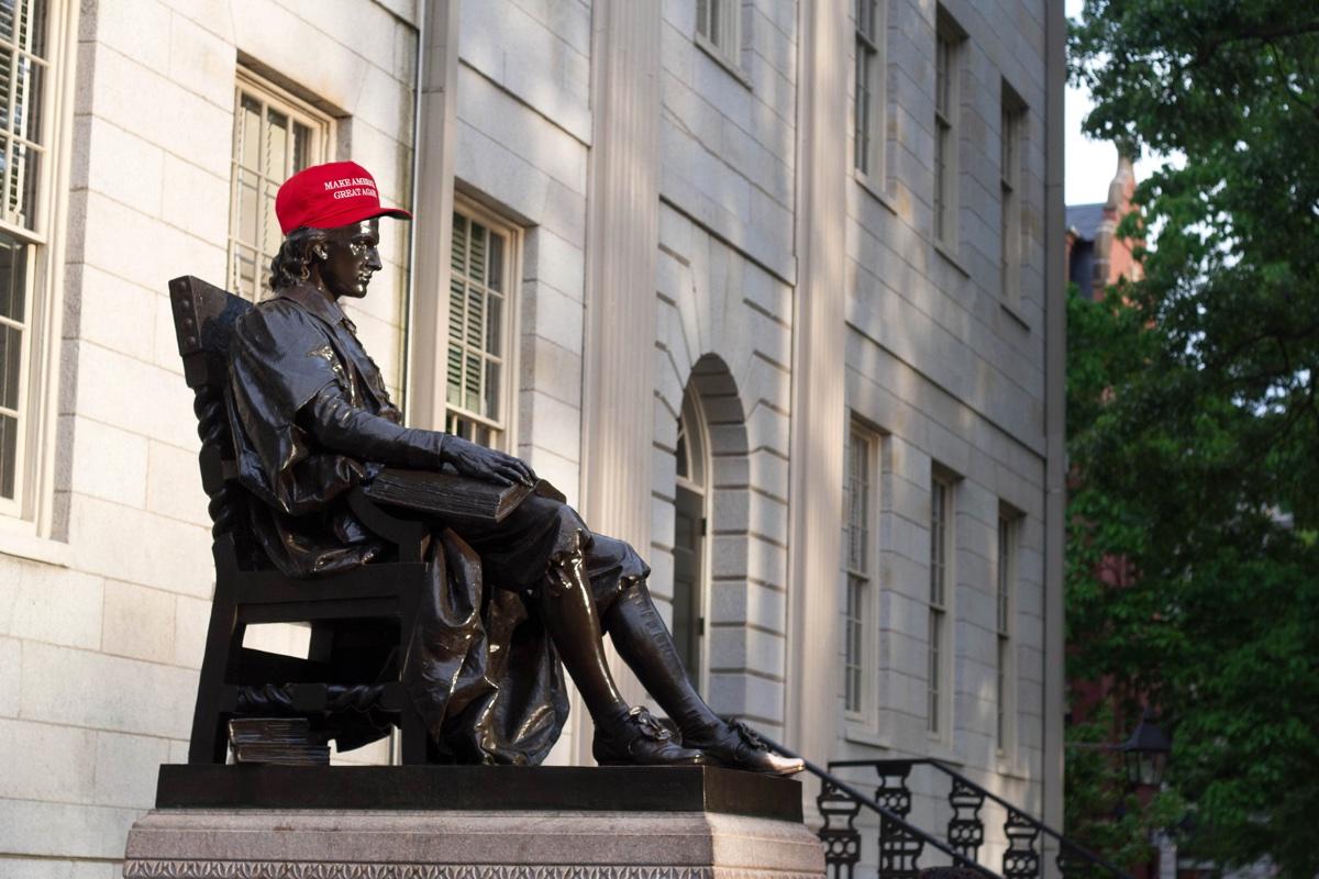 John Harvard Statue photo by pastelliacera