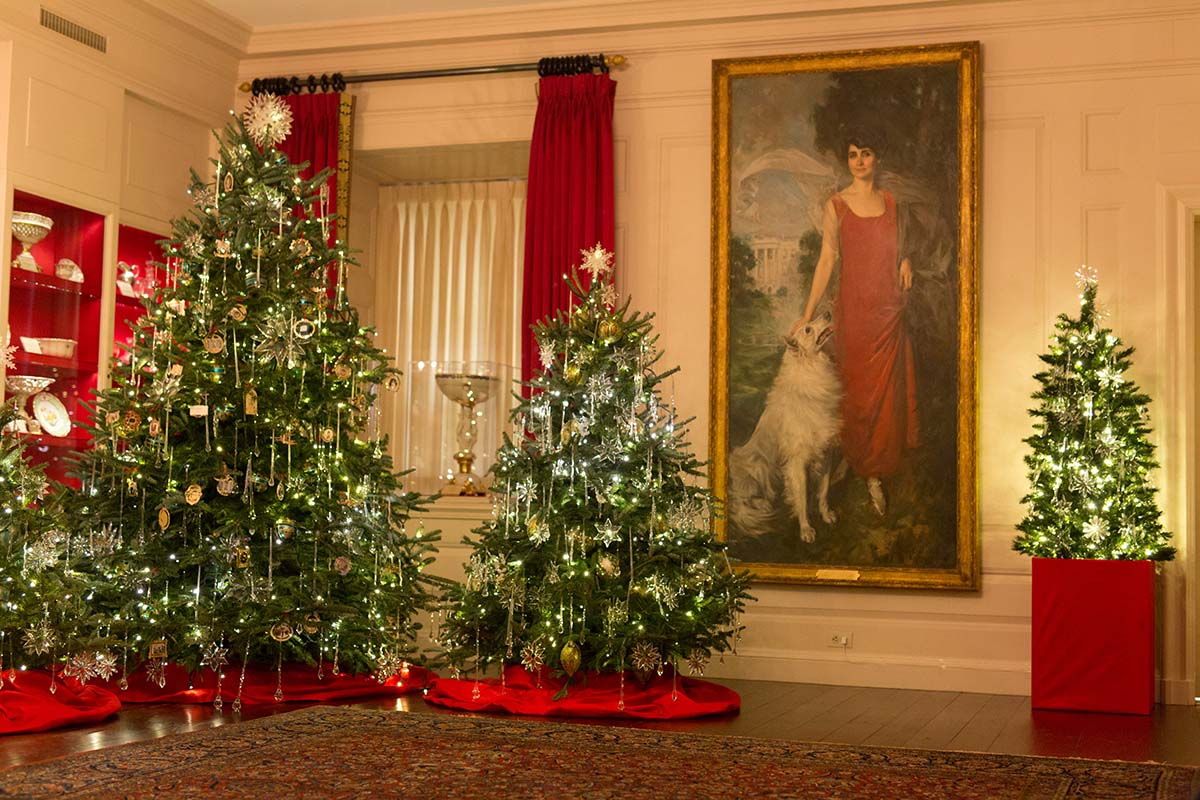 white house decorations rafanelli events - White House Christmas Decorations 2016