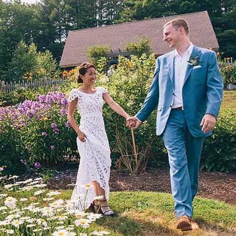 Emily Schultzer Jon Rehagen real wedding sq