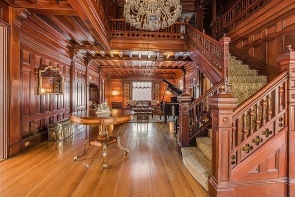 Photo via Kelley & Rege Properties, Inc.