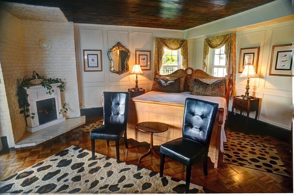 historic jacob hill inn