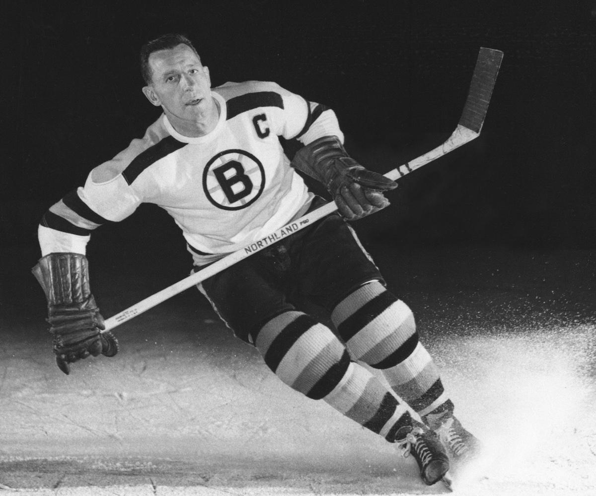 Bruins' legend Milt Schmidt passes away at 98