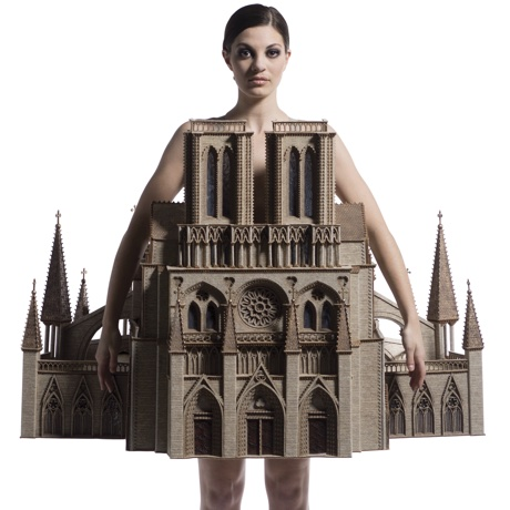 Gothic Habit, Lynn Christainsen, USA. Courtesy of World of WearableArt Limited.