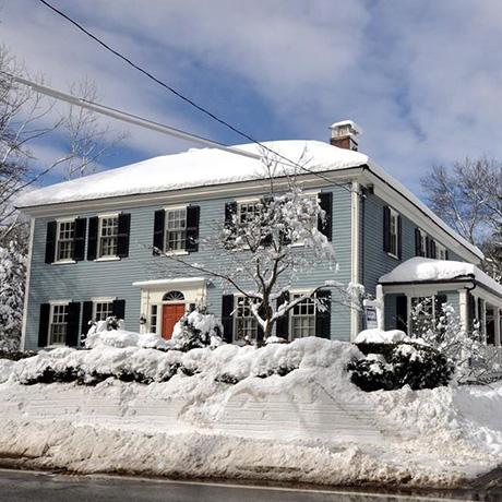 beautiful-suburbs-homes-SQ