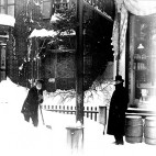 Blizzard_of_March_1888_-_Shoveling_Snow-sq