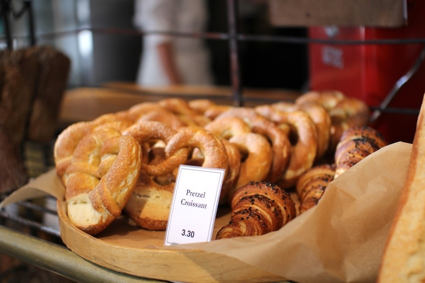 Clear Flour Bread pretzels