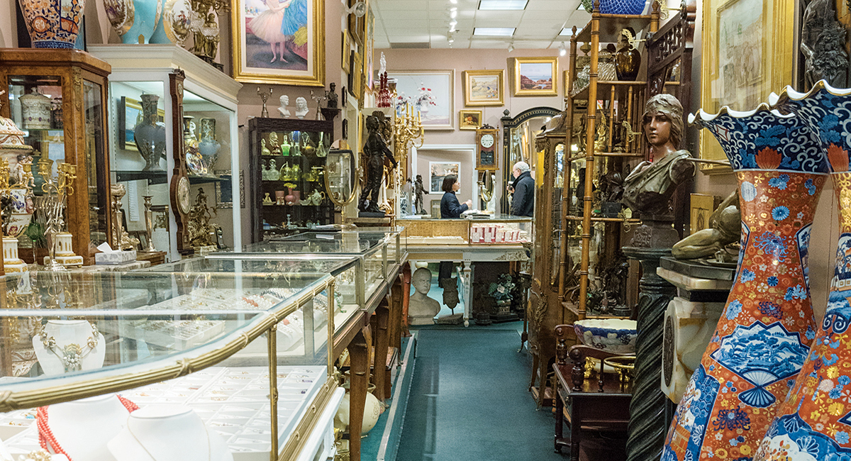 Find antique stores near me finest carriage house for Vintage jewelry store near me