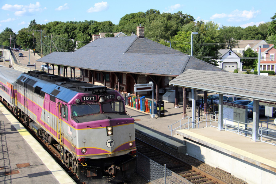 MBTA Is Offering Unlimited Commuter Rail Rides for $10 This