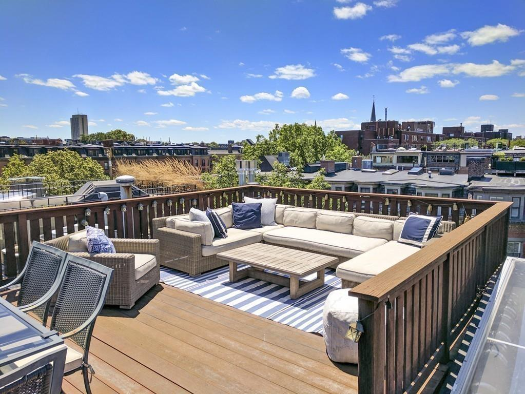 These Impressive City Pads Are Topped With Urban Oases.