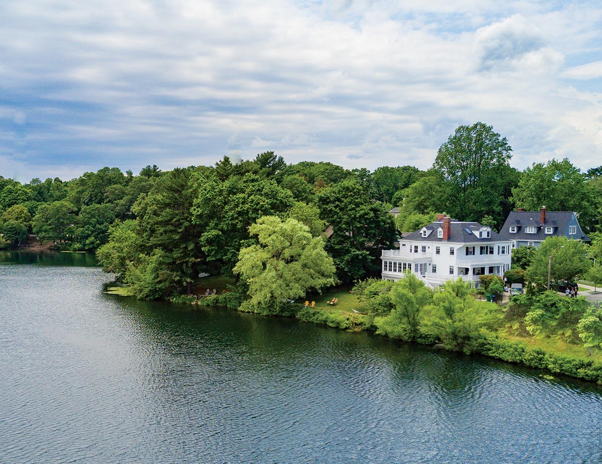 newton lake house